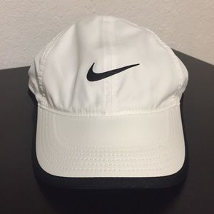 NIKE Dr Fit Adjustable Hat